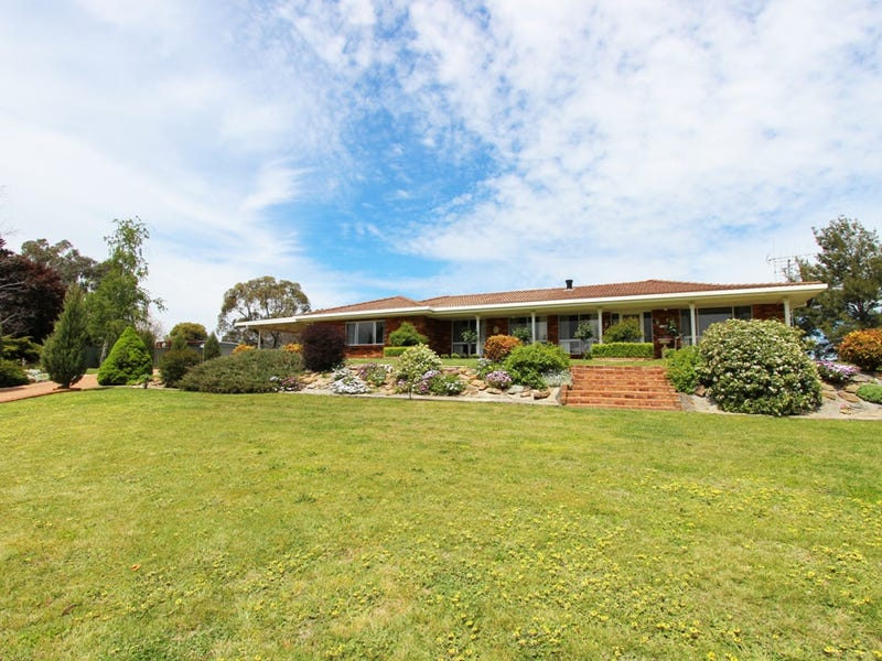 4 Hillview Lane, Perthville, NSW 2795