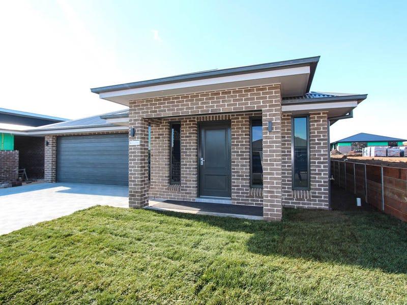 16 Basalt Way, Kelso, NSW 2795