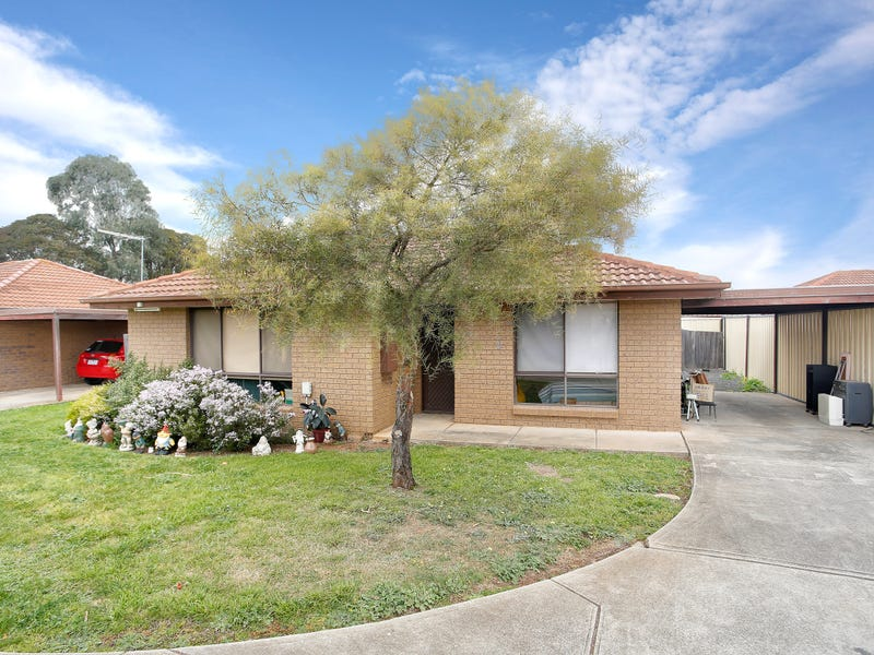 2/55-61 Barries Road, Melton, Vic 3337
