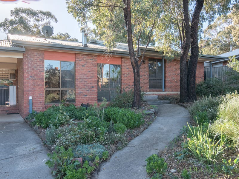 29 Akoonah Drive, Golden Square, Vic 3555