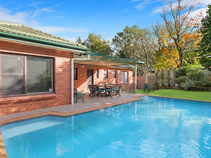 10 Ovens Place, St Ives, NSW 2075