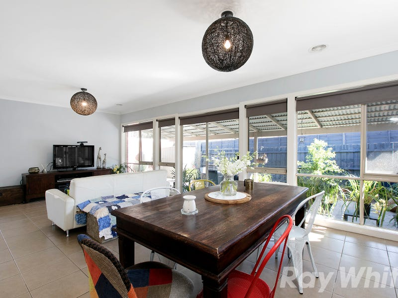 2/10 Fifth Avenue, Chelsea Heights, Vic 3196