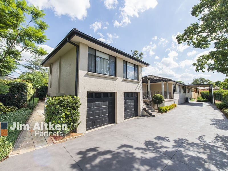 4 Crest Place, Jamisontown, NSW 2750