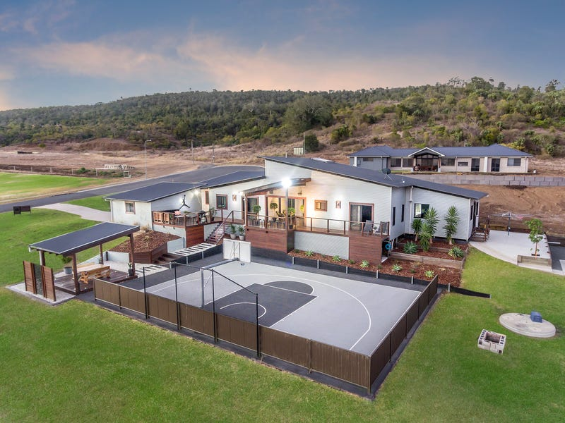 20 Calcutt Road, Gowrie Junction, Qld 4352