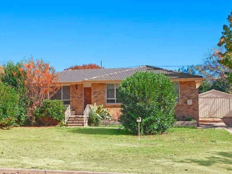 14 Biddlecombe Street, Pearce, ACT 2607