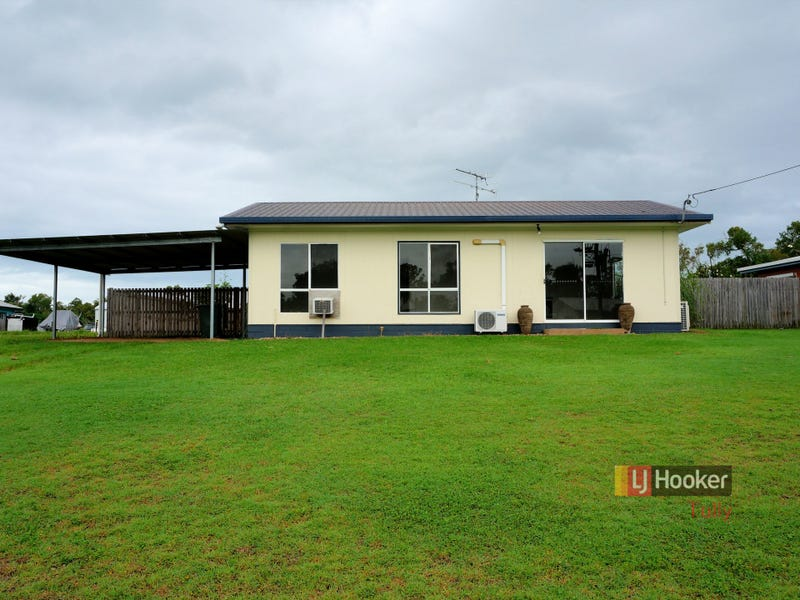 8 Casuarina Street, Tully Heads, Qld 4854