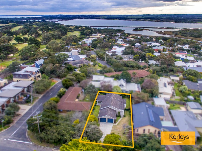 77 Fellows Road, Point Lonsdale