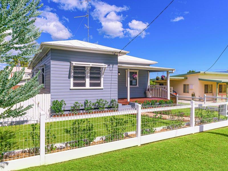 10 Taloumbi Street, Maclean, NSW 2463