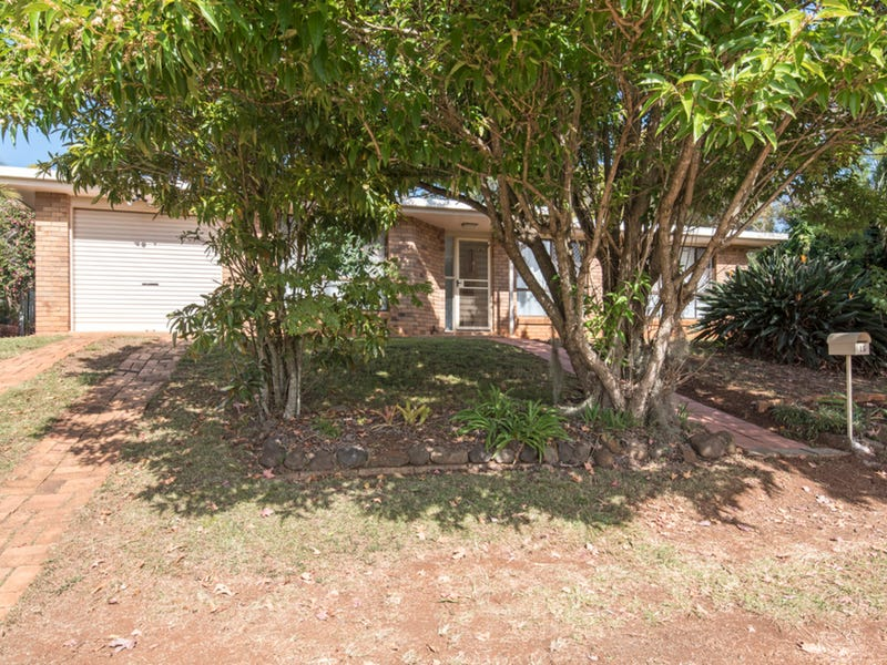 15 Melita Crescent, Wilsonton Heights, Qld 4350