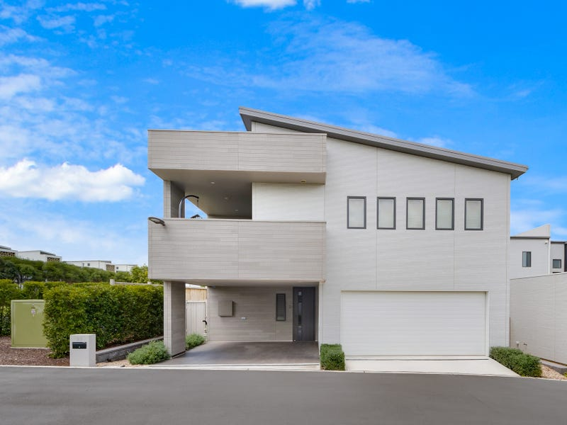 33 Ravensworth Lane, Gledswood Hills, NSW 2557