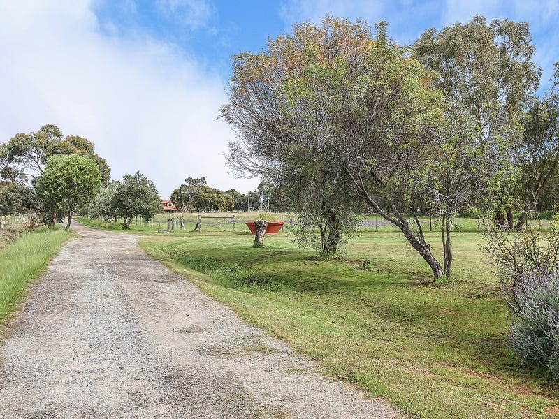 62 James Road, Middle Swan, WA 6056