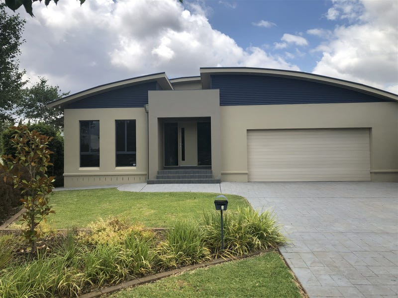 15 Simona Close, Griffith, NSW 2680