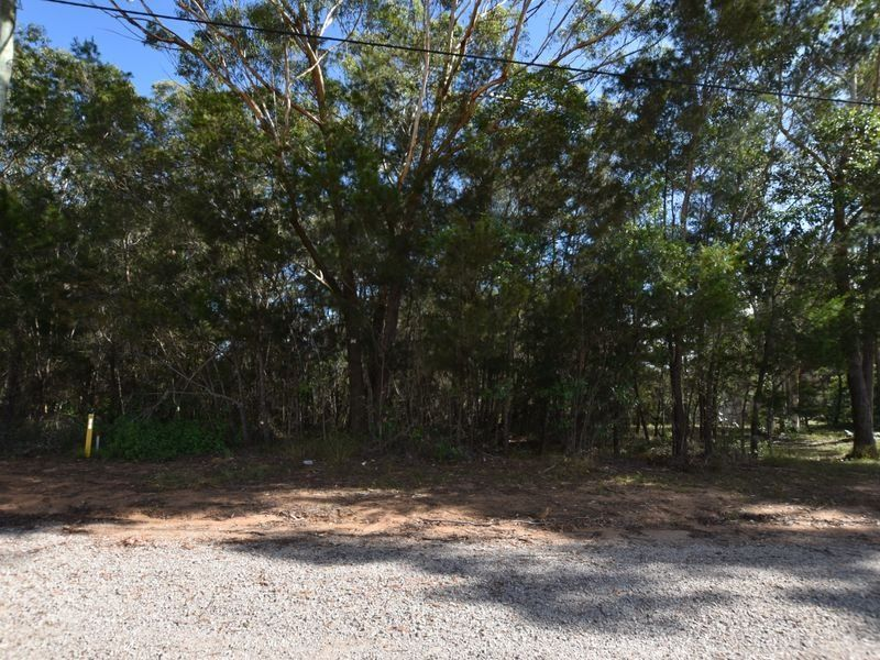 4 Coleus St, Russell Island, Qld 4184