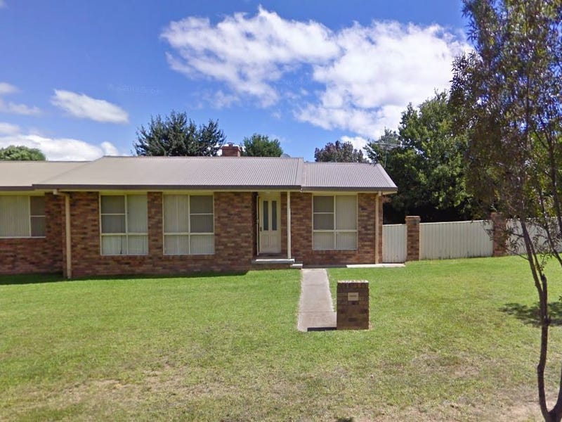 32 Watson Avenue, Armidale, NSW 2350