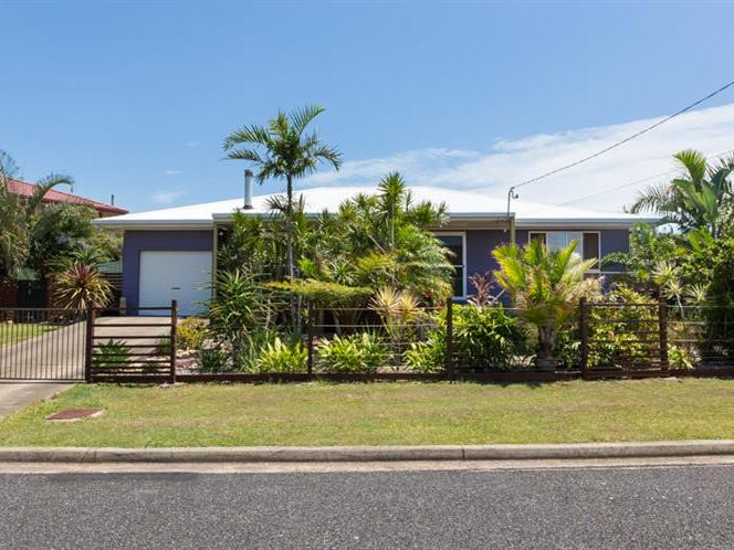 18 Burns  Cres, Corindi Beach, NSW 2456