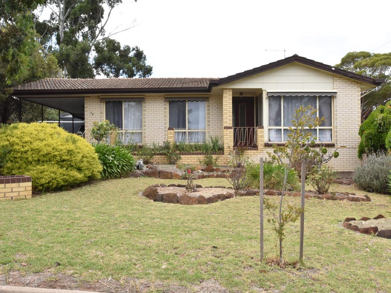 28 Lynlee Crescent, Huntfield Heights, SA 5163