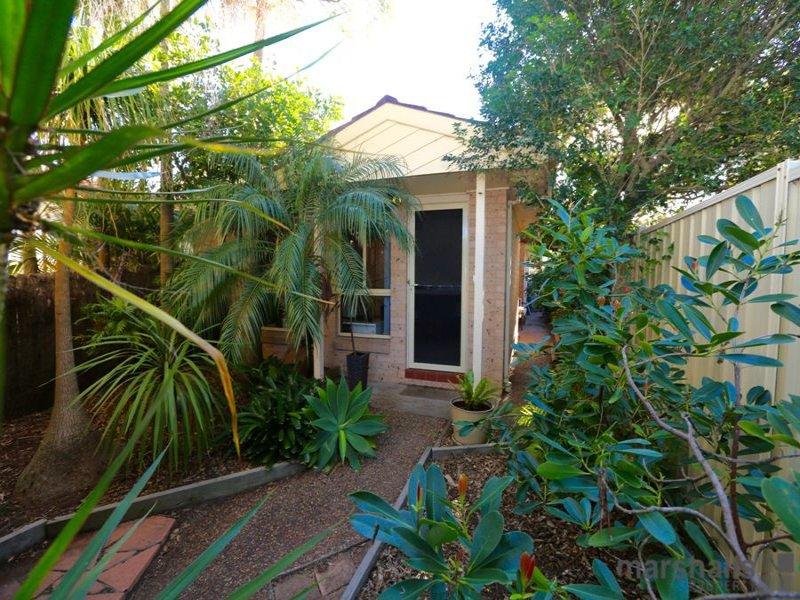 1/3 Hutchinson Street, Redhead, NSW 2290