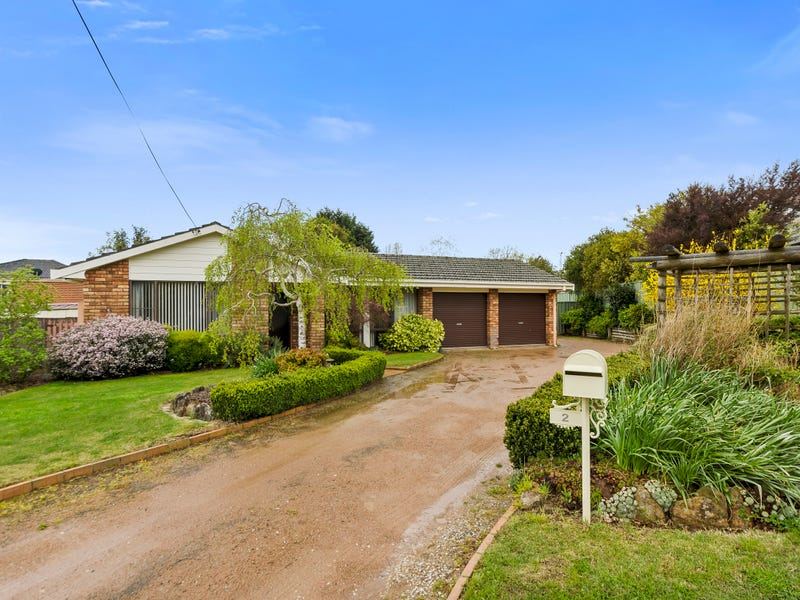 2 Paul Crescent, Moss Vale, NSW 2577
