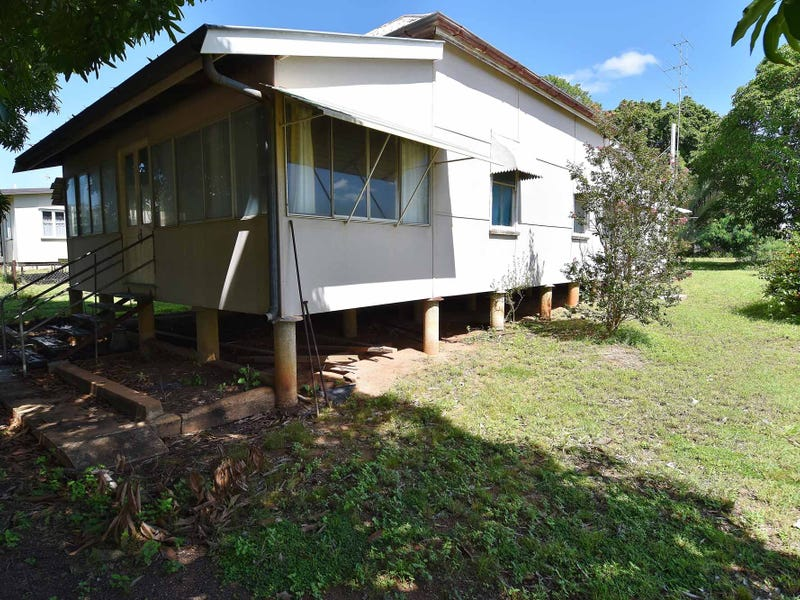 14 Oxford Street, Charters Towers City, Qld 4820