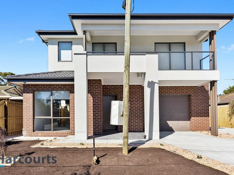 1/25 Brennan Street, Melton South, Vic 3338