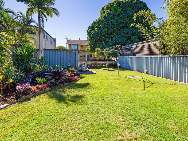 1/3 Muscovey Avenue, Paradise Point, Qld 4216