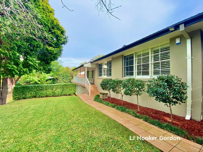 28 Romney Road, St Ives, NSW 2075