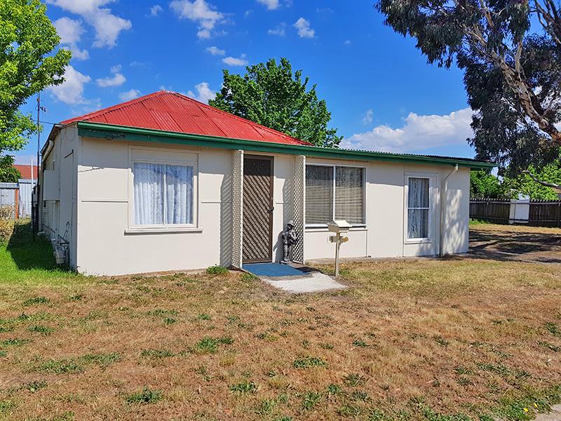9 Stinson St, Blayney, NSW 2799