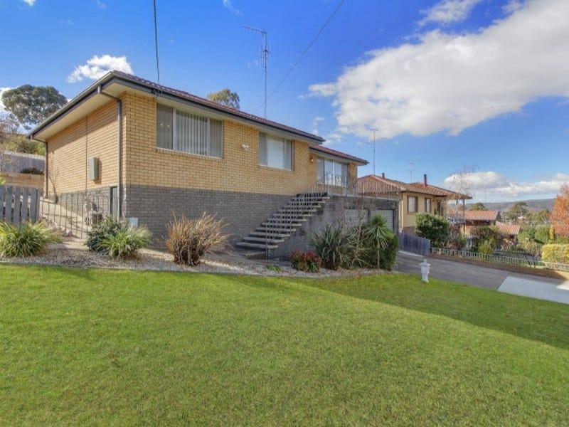 14 Cassinia Street, Crestwood, NSW 2620