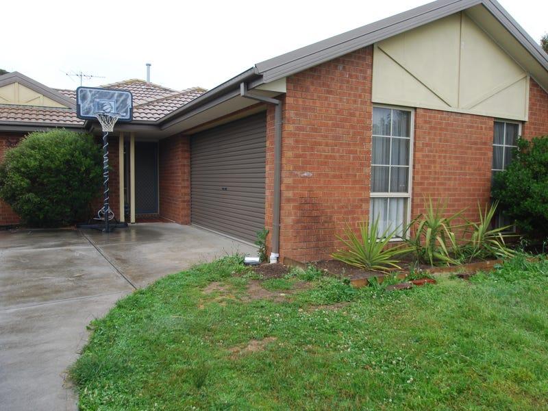 49 Sunny Park Close, Gisborne, Vic 3437