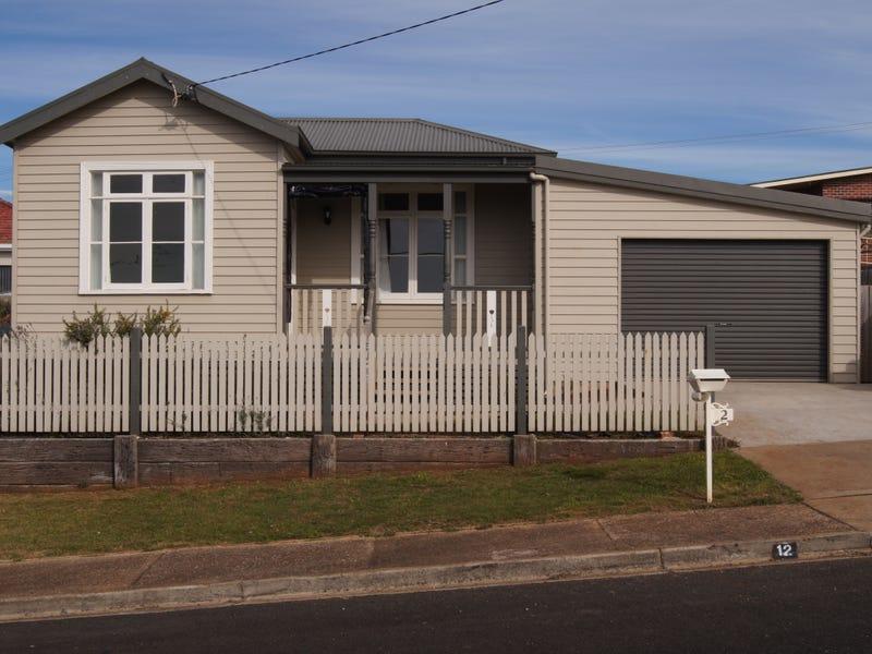 12 Reid Street, Upper Burnie, Tas 7320
