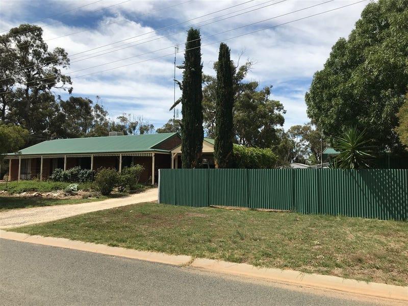 18-20 William Street, Berrigan, NSW 2712