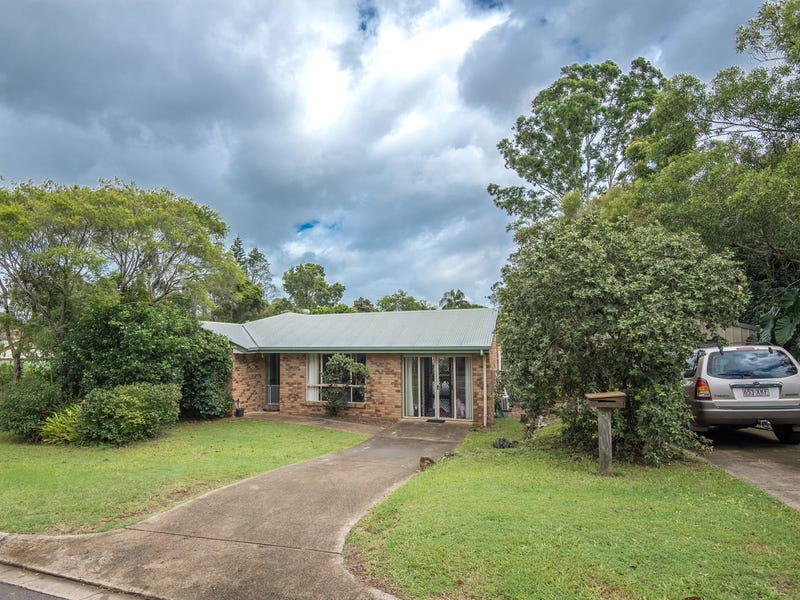 12 Royal Court, Cooran, Qld 4569