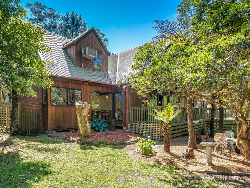 13 Brenda Grove, Tecoma, Vic 3160