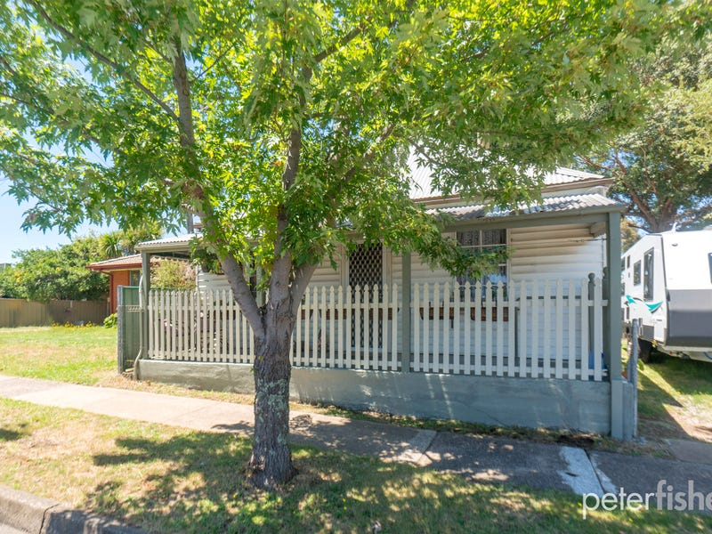 302 Peisley Street, Orange, NSW 2800