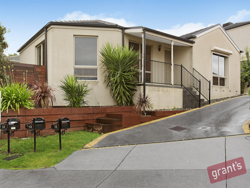 1/13 Sugar Gum Court, Narre Warren South, Vic 3805