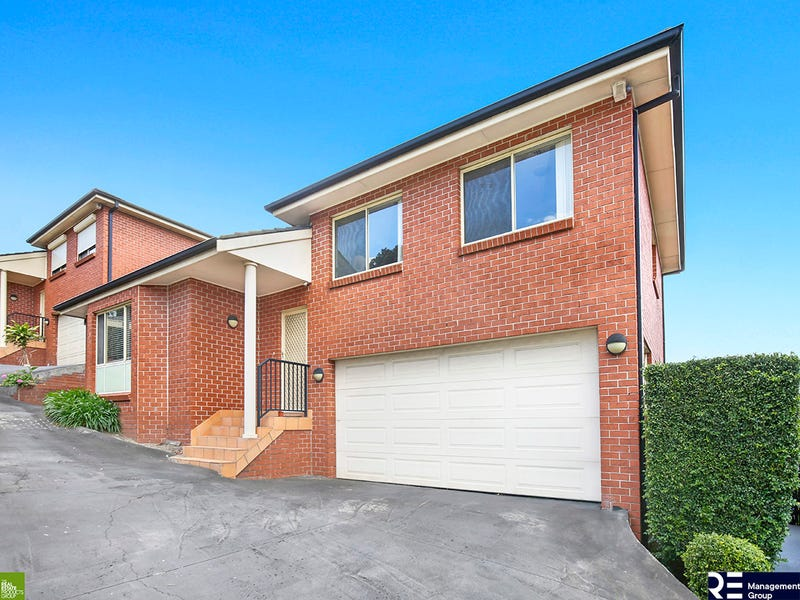 2/24a Robertson Street, Coniston, NSW 2500