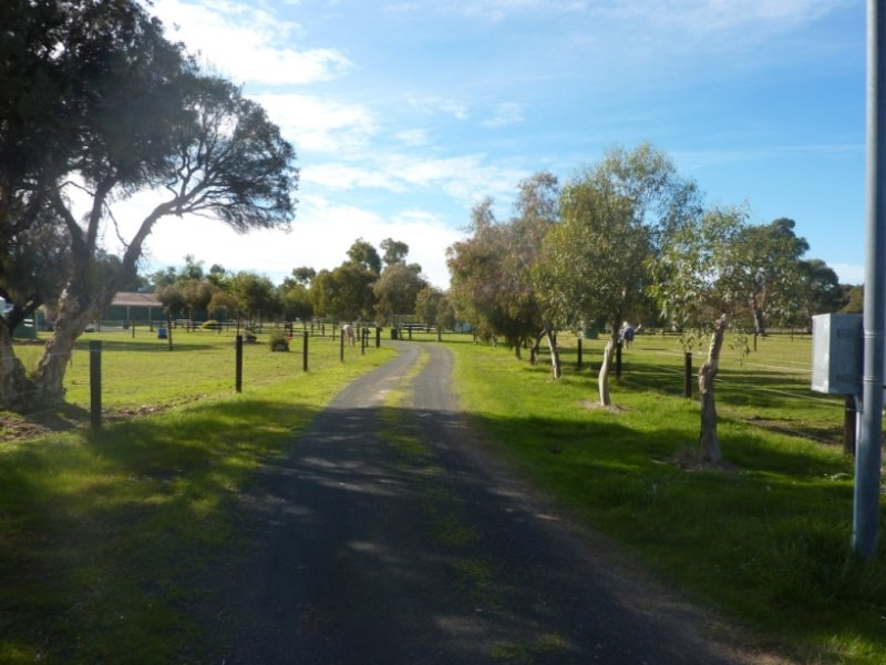 35 Meadow Lane, Dardanup West, WA 6236