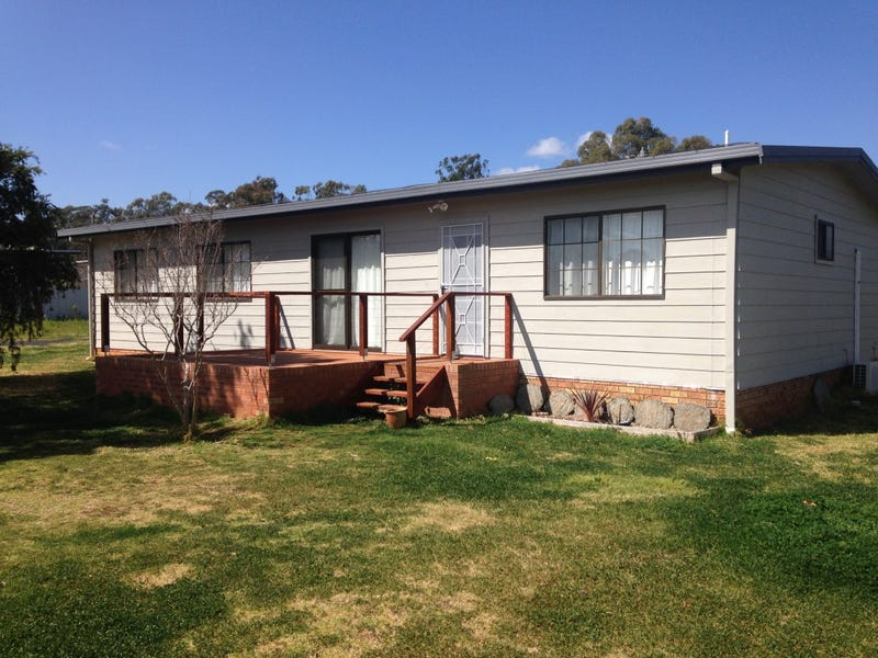 86 TALBRAGAR STREET, Dunedoo, NSW 2844