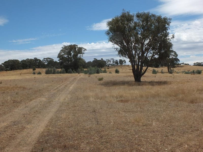 Lot 1, Sunraysia Highway, Redbank, Vic 3477