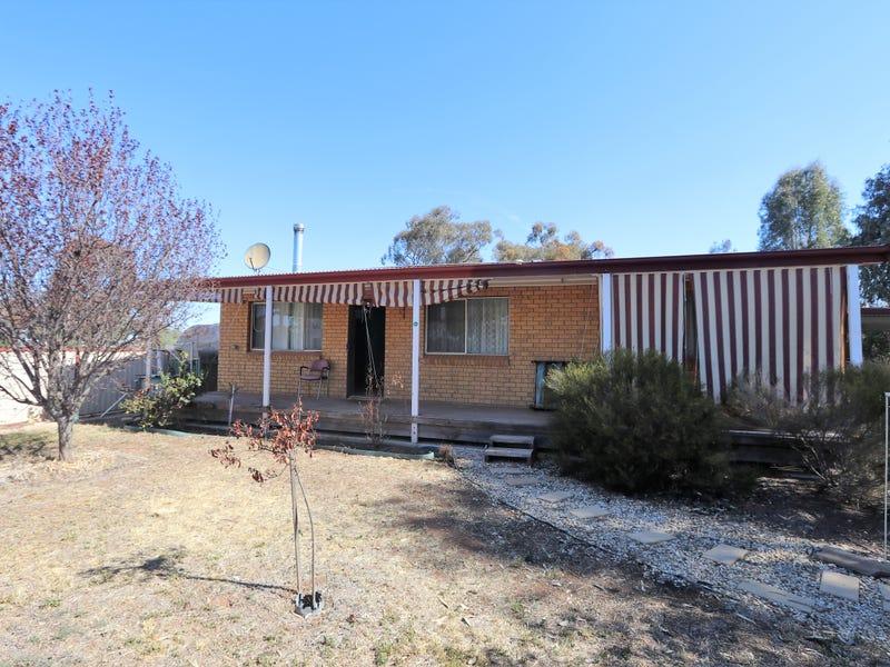 12 Herbert street, Ungarie, NSW 2669