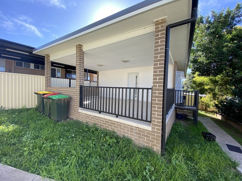 10A Dolomite Place, Eagle Vale, NSW 2558