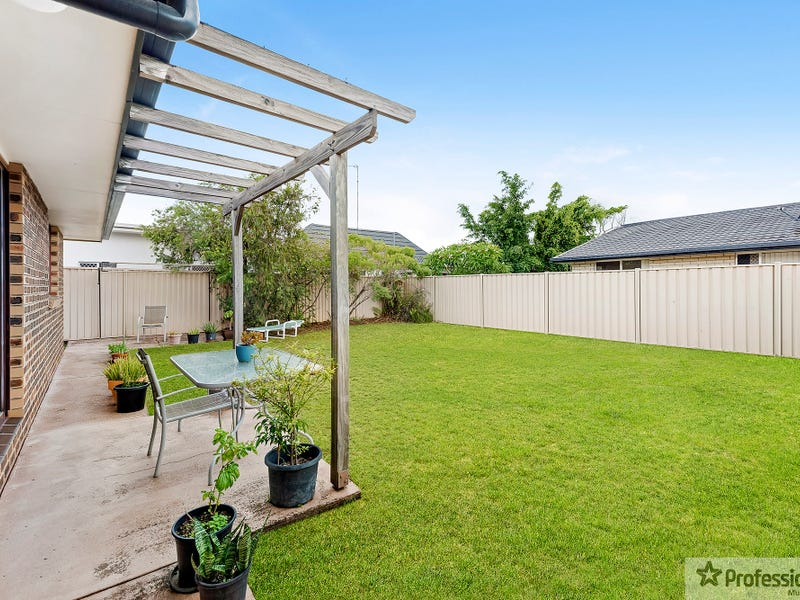 2 95 Mountain View Avenue Miami Qld 4220 Other For Rent