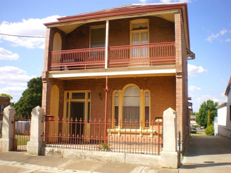 117 CLIFFORD STREET, Goulburn, NSW 2580
