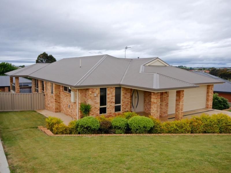 18 Rowena Court, Devonport, Tas 7310
