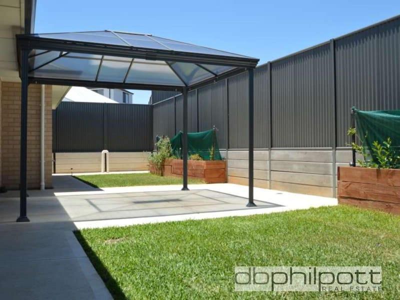 6 Angophora  Place, Blakeview, SA 5114