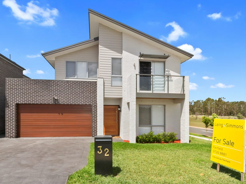 32 Clarence Drive, Elizabeth Hills, NSW 2171