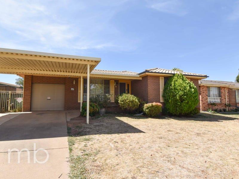 44 Torulosa Way, Orange, NSW 2800