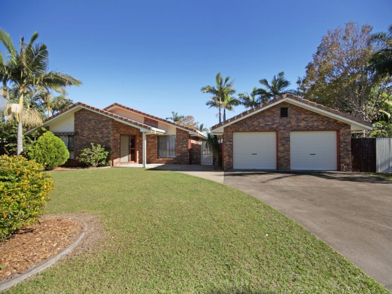 33 Rogers Street, Beachmere, Qld 4510