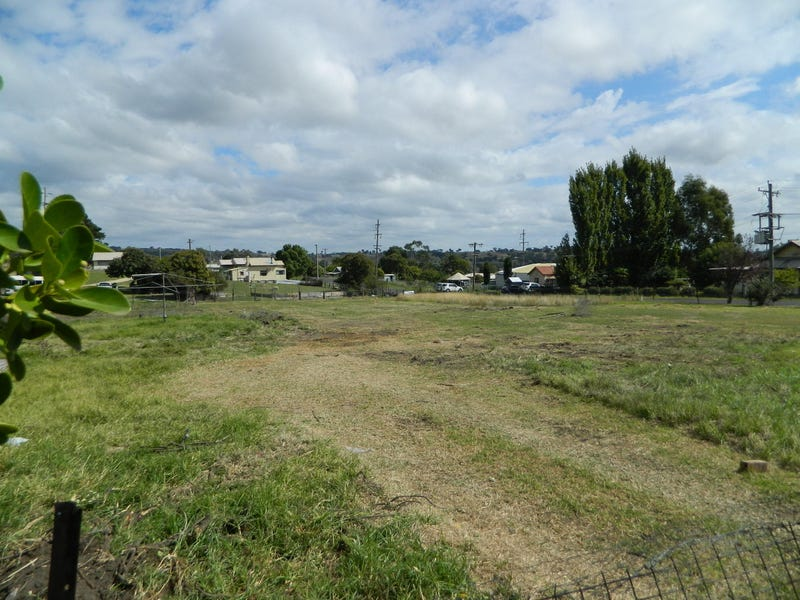 22 Anzac Ave, Kandos, NSW 2848