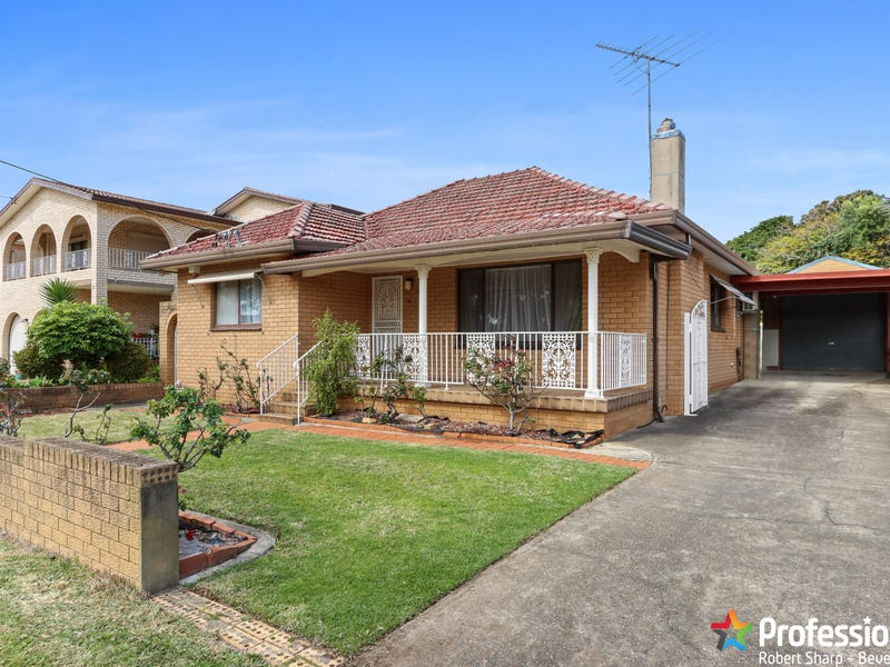 29 Junction Road, Beverly Hills, NSW 2209